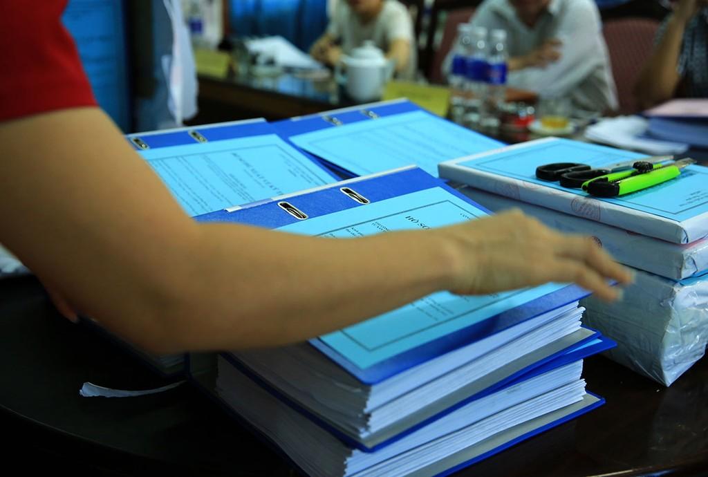 Nhà thầu cố ý cung cấp các thông tin không trung thực trong hồ sơ dự thầu là một trong các hành vi bị cấm trong đấu thầu. Ảnh: Nhã Chi