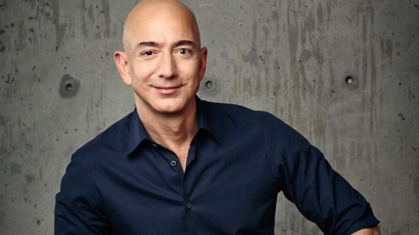 Jeff Bezos vượt qua Bill Gates trong danh sách tỷ phú 2018 của Forbes - ảnh 1