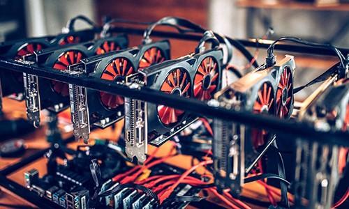 Card đồ hoạ (GPU) dùng cho khai thác tiền điện tử.
