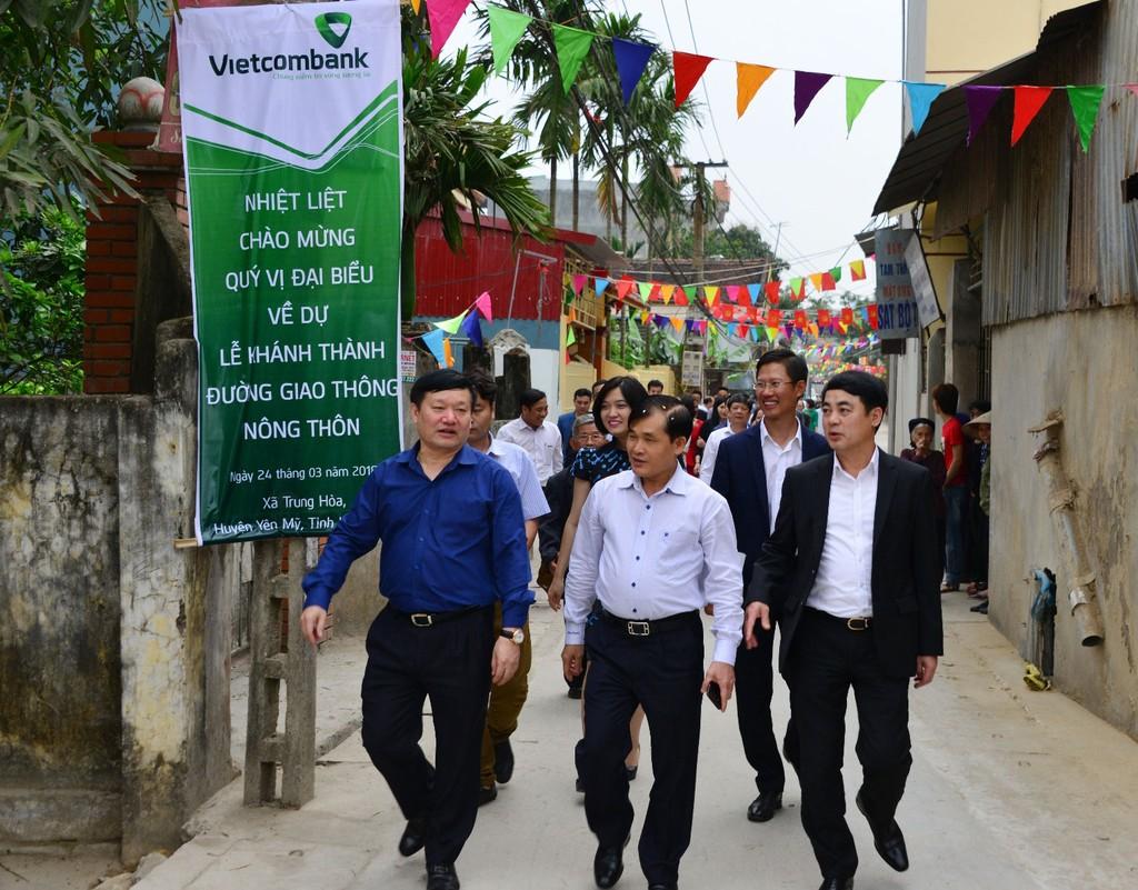 VCB khánh thành đường nông thôn mới tại Hưng Yên - ảnh 1