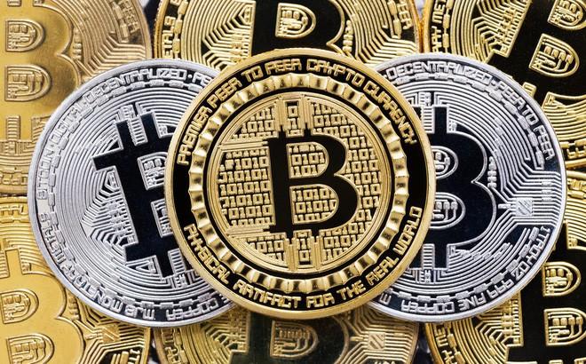 """Trong khi cổ phiếu có thể giảm trong năm nay, giá Bitcoin thậm chí sẽ """"tồi tệ"""" hơn. Ảnh Internet"""