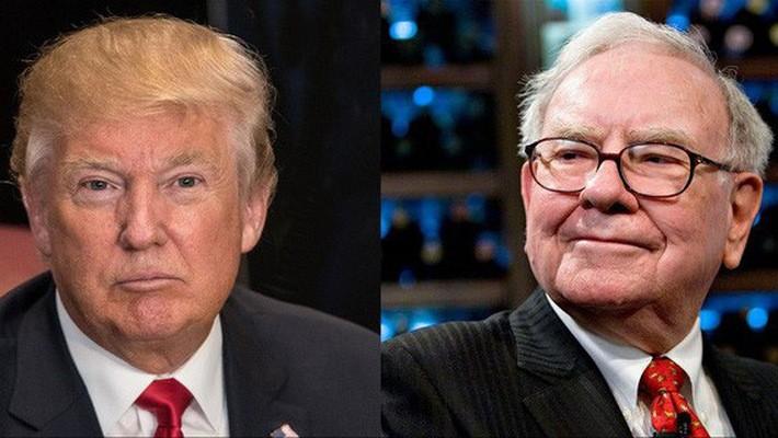 Tổng thống Mỹ Donald Trump (trái) và nhà đầu tư huyền thoại Warren Buffett.