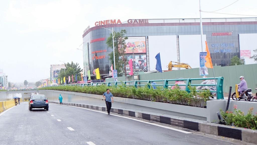 Hầm chui nút giao đường Điện Biên Phủ - Nguyễn Tri Phương, TP. Đà Nẵng được đầu tư để phục vụ APEC 2017. Ảnh: Thu Hồng