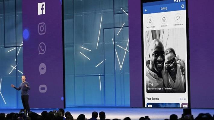 Nhà sáng lập Facebook, ông Mark Zuckerberg tại hội nghị F8 ở San Jose, California, ngày 1/5 - Ảnh: Reuters.