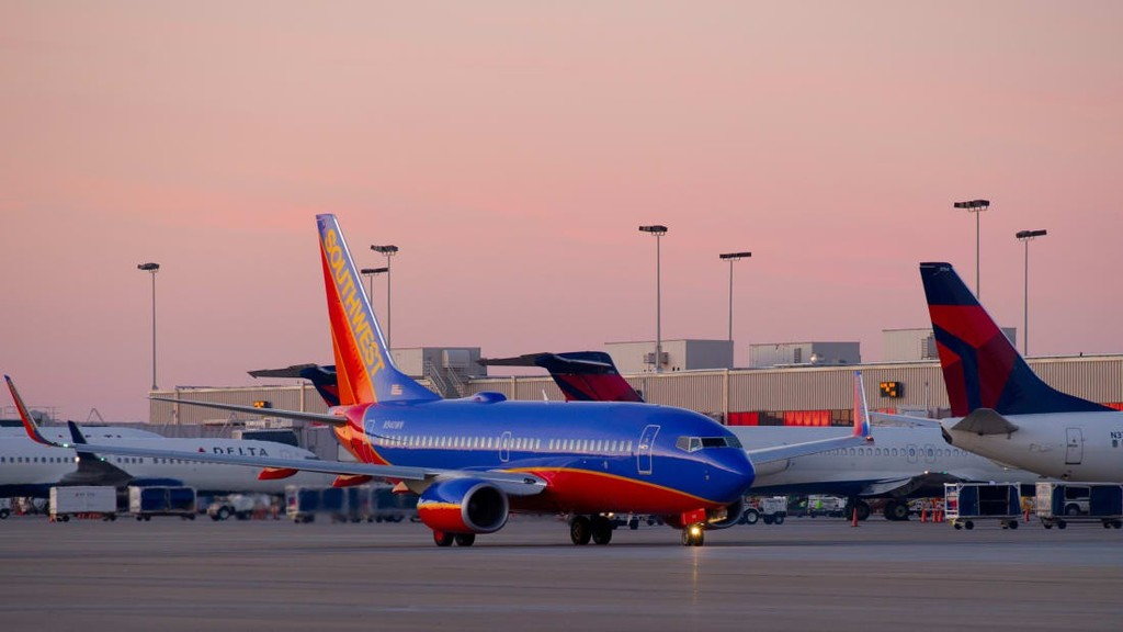 10 sân bay đặc biệt nhất thế giới - ảnh 7