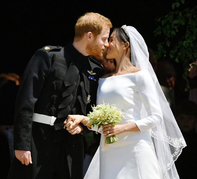 Những khoảnh khắc ấn tượng trong lễ cưới Hoàng tử Anh - ảnh 1