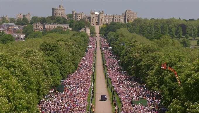 Những khoảnh khắc ấn tượng trong lễ cưới Hoàng tử Anh - ảnh 5