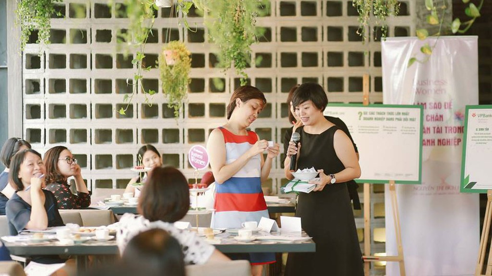 Một hội thảo về quản trị nhân sự dành cho nữ chủ doanh nghiệp do VPBank tổ chức
