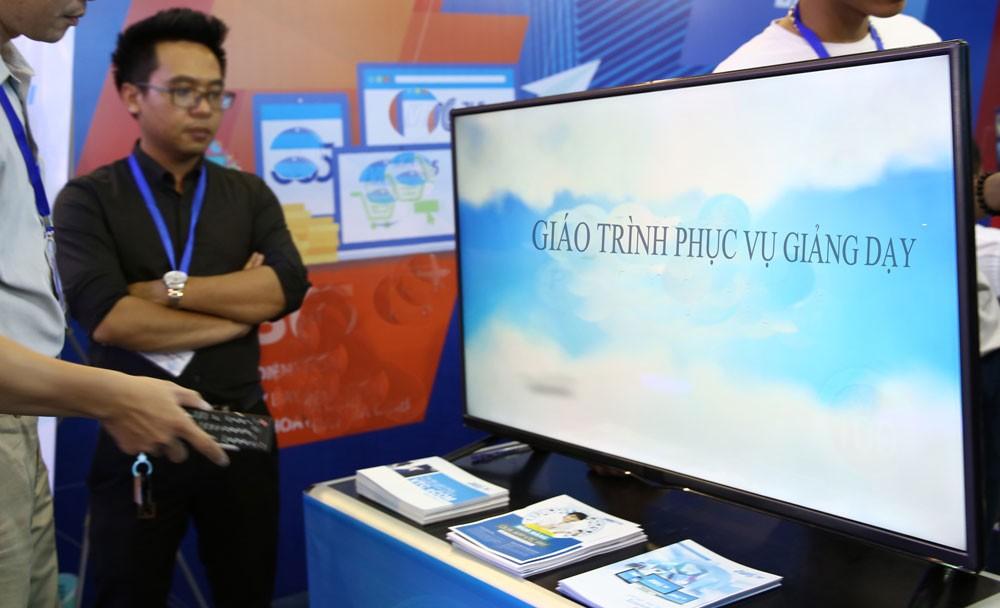 Gói thầu Thiết bị điện, điện tử do Phòng Giáo dục và Đào tạo huyện Măng Thít, tỉnh Vĩnh Long là chủ đầu tư trực tiếp mời thầu. Ảnh: Nhã Chi