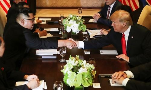 5 giờ gặp gỡ lịch sử giữa Trump và Kim ở Singapore - ảnh 2