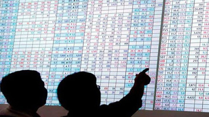 Trong tháng 5, số liệu từ Ủy ban Chứng khoán Nhà nước ghi nhận nhà đầu tư nước ngoài sau khi bán ròng trên thị trường cổ phiếu đã mua hơn 1.300 tỷ đồng trái phiếu.