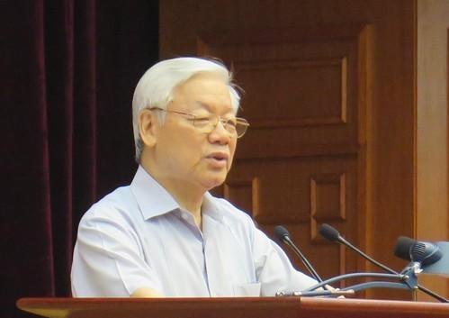 Tổng Bí thư Nguyễn Phú Trọng phát biểu khai mạc hội nghị.