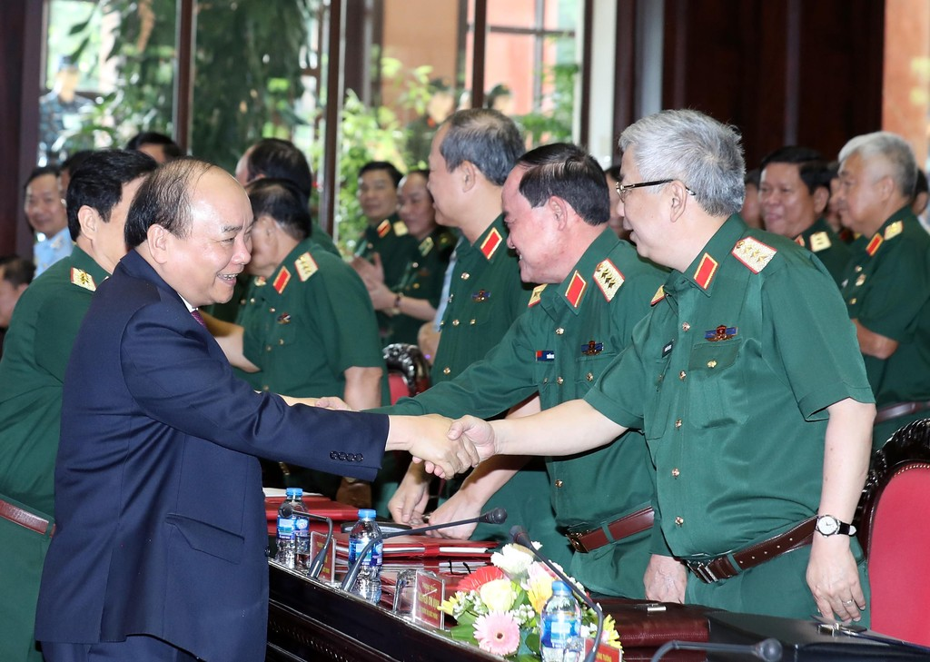Chùm ảnh: Thủ tướng dự Hội nghị Quân chính toàn quân - ảnh 1
