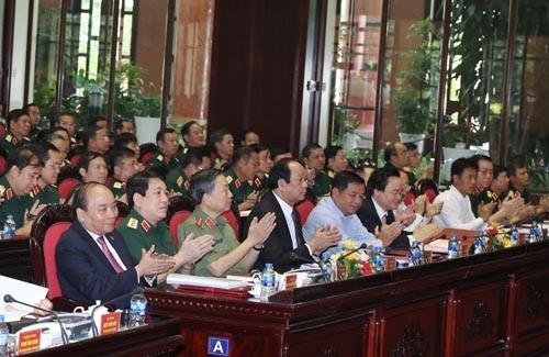 Chùm ảnh: Thủ tướng dự Hội nghị Quân chính toàn quân - ảnh 3