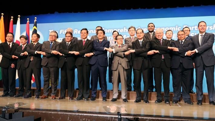Các quan chức dự họp RCEP ở Tokyo, Nhật Bản ngày 1/7 - Ảnh: Nikkei.