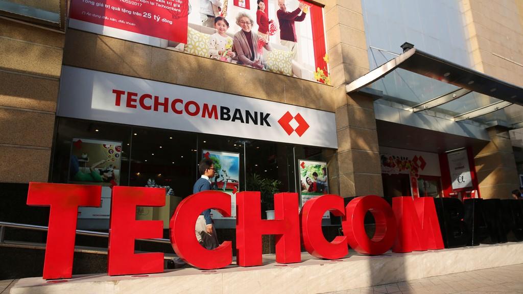 Tính từ ngày lên sàn (4/6) đến ngày 3/7, cổ phiếu Techcombank đã giảm 36%. Ảnh: Lê Tiên