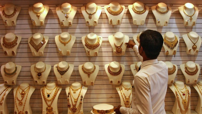 Trang sức vàng bày bán trong một cửa hiệu ở Ấn Độ - Ảnh: IB Times.