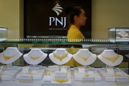 Giá vàng miếng trong nước hiện cao hơn thế giới 2,5 triệu đồng.