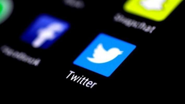 Giá cổ phiếu Facebook và Twitter đồng loạt giảm chóng mặt trong tuần trước, sau khi hai công ty này công bố kết quả kinh doanh kém khả quan.