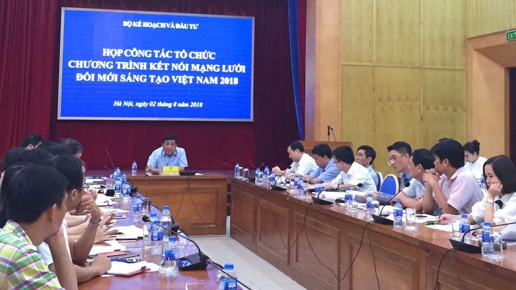 Bộ trưởng Nguyễn Chí Dũng chủ trì cuộc họp công tác tổ chức Chương trình kết nối mạng lưới đổi mới sáng tạo Việt Nam 2018. Ảnh:Trung Hiếu