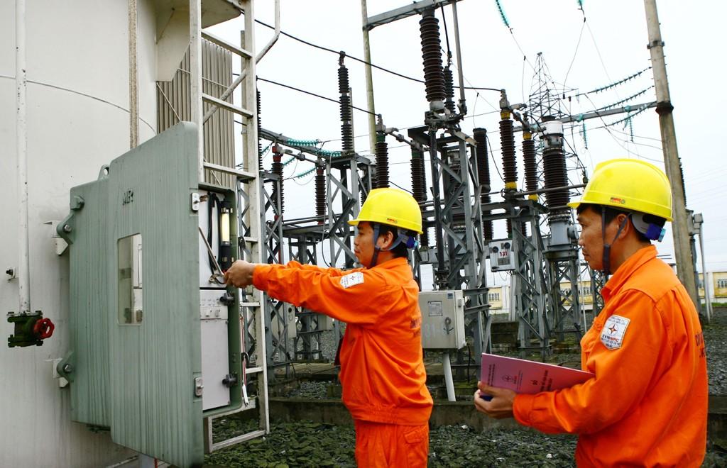 EVN dự kiến sản lượng tiêu thụ điện bình quân toàn hệ thống trong tháng 8/2018 ở mức 629,4 triệu kWh/ngày. Ảnh: Tường Lâm