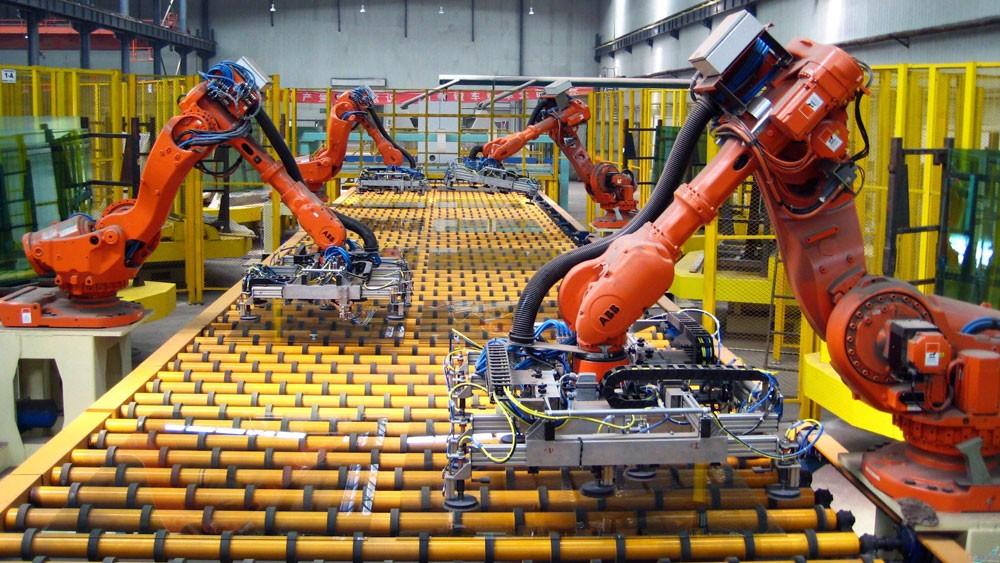 Cách mạng công nghiệp 4.0 đang làm thay đổi mạnh mẽ thế giới và là cơ hội để kinh tế Việt Nam bứt phá