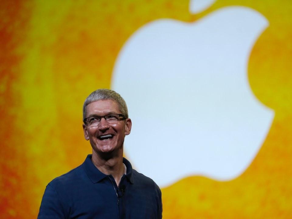 Lối sống tiết kiệm đáng kinh ngạc của CEO Apple Tim Cook - ảnh 1