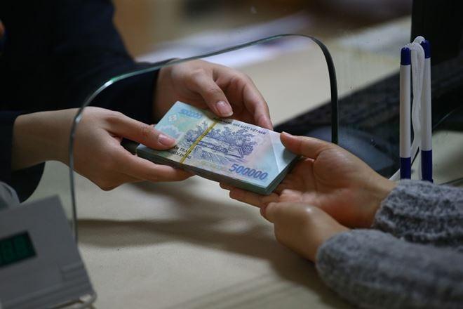 Thanh khoản ngân hàng có dấu hiệu căng thẳng cục bộ