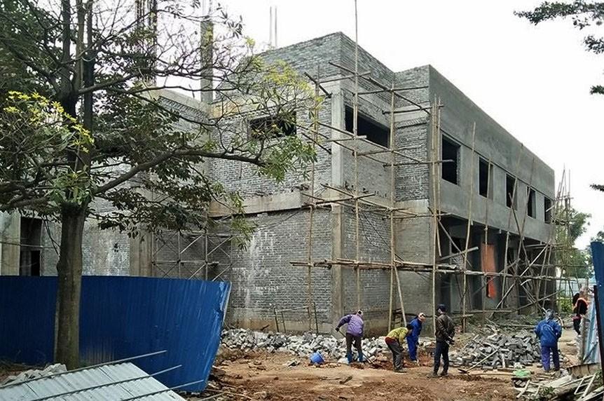 Nhà thầu mới hoàn thành gần một nửa khối lượng công việc của Gói thầu