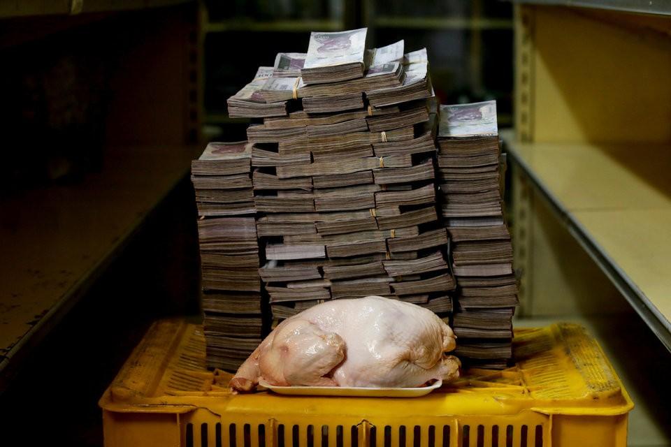 """Những bức ảnh cho thấy mức độ """"siêu lạm phát"""" tại Venezuela - ảnh 2"""
