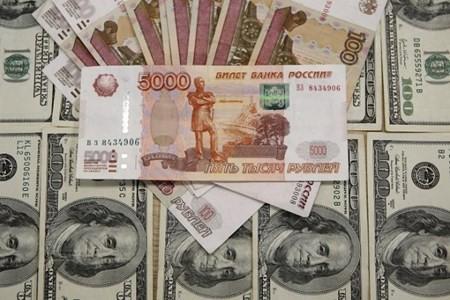 Bộ công nghiệp Nga xem xét thanh toán bằng đồng nội tệ. (Nguồn: Economic Wire)