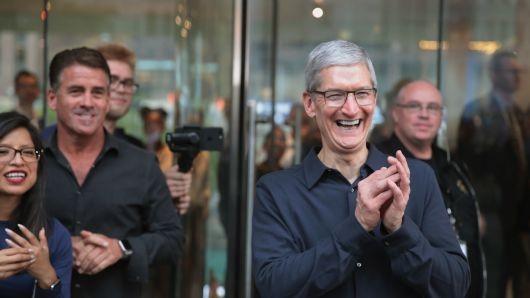 Các hãng công nghệ Mỹ chi bao nhiêu tiền để bảo vệ CEO? - ảnh 7