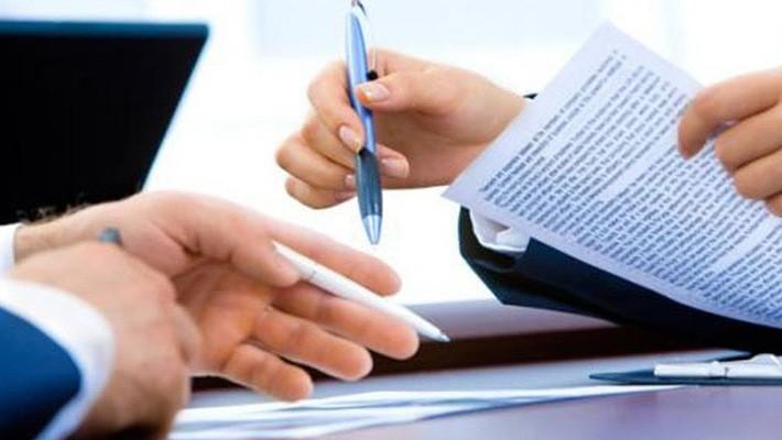 Theo Quyết định 28/2018/QĐ-TTg của Thủ tướng, văn bản điện tử phải được gửi ngay trong ngày văn bản đó ký ban hành, chậm nhất là trong buổi sáng của ngày làm việc tiếp theo.