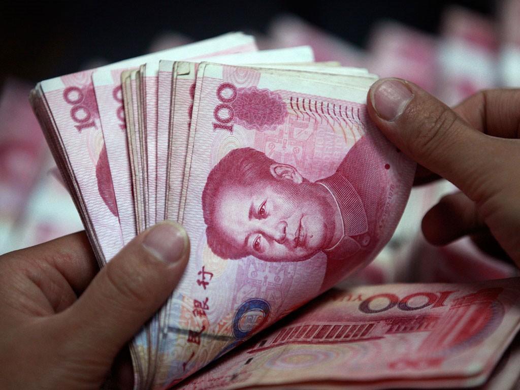 Cư dân biên giới và thương nhân kinh doanh, giao dịch tại chợ biên giới được áp dụng phương thức thanh toán qua ngân hàng bằng CNY, VND. Ảnh: Lê Tiên