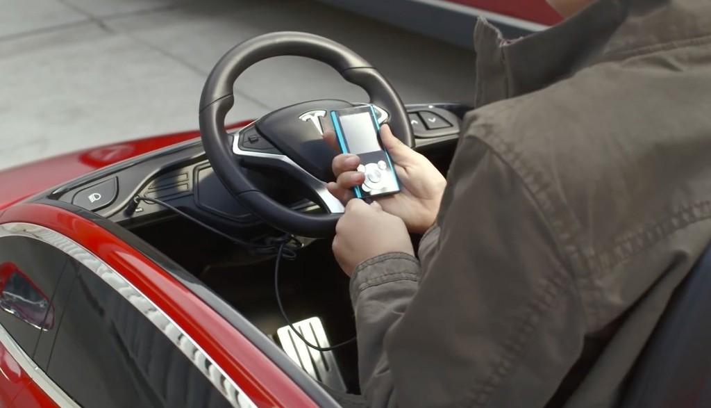 Các sản phẩm bên cạnh xe điện của Tesla - ảnh 4