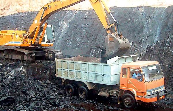 Một số loại khoáng sản đang chịu mức thuế xuất khẩu 30 - 40%, kịch khung theo quy định. Ảnh: Đặng Hiếu