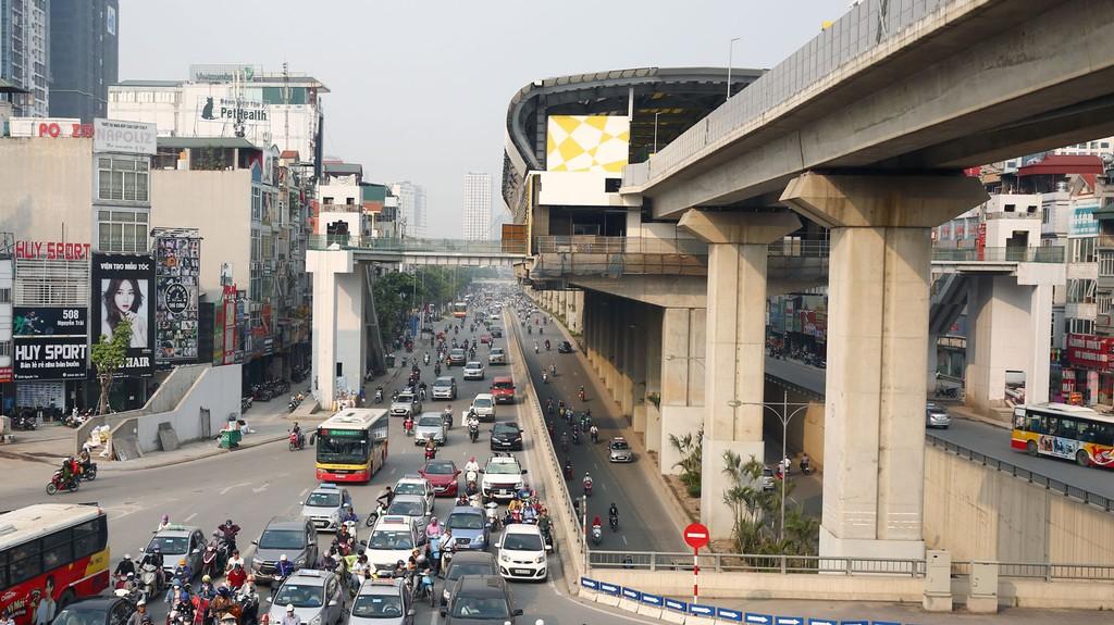 Đã đến thời điểm Việt Nam có thể vay một cách có chọn lọc đi liền với sử dụng vốn vay hiệu quả hơn. Ảnh: Lê Tiên