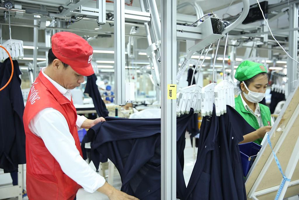 Triển vọng kinh tế Việt Nam năm 2019 và năm 2020 được dự báo sẽ tiếp tục khả quan. Ảnh: Lê Tiên