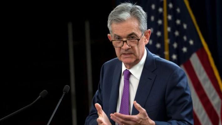Chủ tịch FED Jerome Powell trong một cuộc họp báo ngày 26/9 - Ảnh: Reuters.