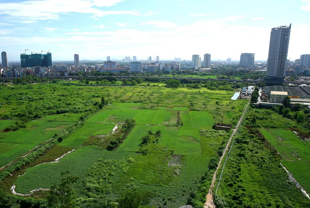 Giá trị tài sản công gồm giá trị quyền sử dụng đất để thanh toán cho nhà đầu tư dự án BT phải được xác định theo giá thị trường. Ảnh: Lê Tiên