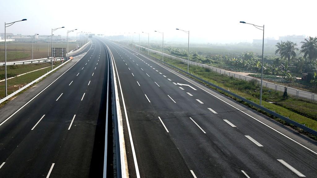 Cao tốc Bắc - Nam phía Đông giai đoạn 2017 - 2020 gồm 11 dự án thành phần, trong đó có 8 dự án dự kiến đầu tư theo hình thức PPP. Ảnh: Nhã Chi