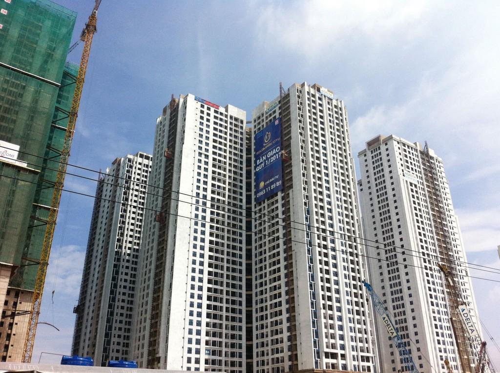 Dự án Goldmark City được cấp phép đầu tư từ tháng 4/2011, nhưng đến cuối năm 2014, Công ty CP Thương mại - Quảng cáo - Xây dựng - Địa ốc Việt Hân mới khởi động Dự án. Ảnh: Hoài Tâm