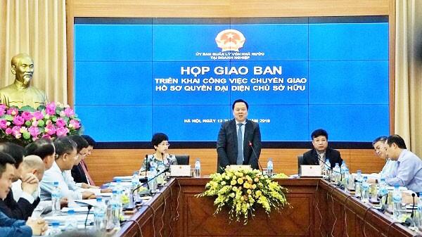 Ông Nguyễn Hoàng Anh, Chủ tịch Ủy ban Quản lý vốn nhà nước tại doanh nghiệp chủ trì cuộc họp giao ban