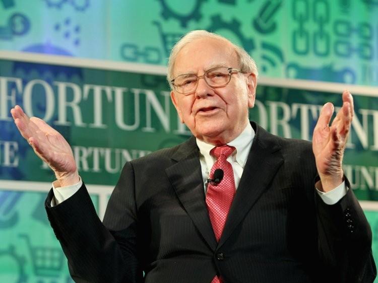 Tỷ phú Warren Buffett tiêu tiền như nào? - ảnh 1