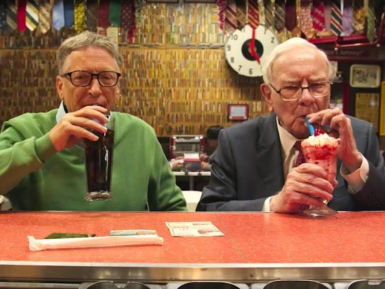 Tỷ phú Warren Buffett tiêu tiền như nào? - ảnh 10