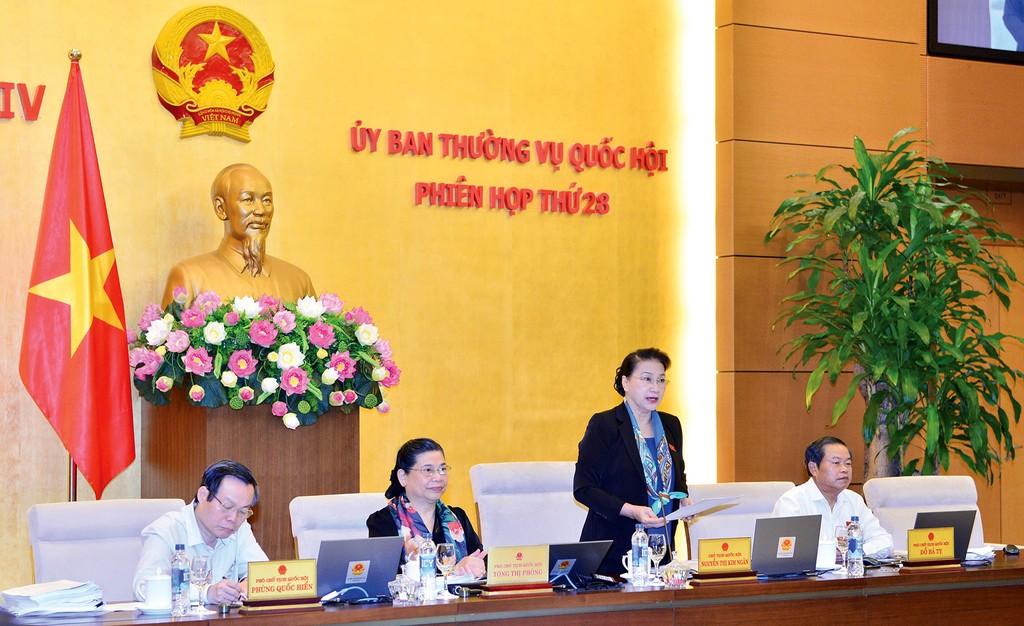 Ủy ban Thường vụ Quốc hội bắt đầu họp phiên thứ 28 dưới sự chủ trì của Chủ tịch Quốc hội Nguyễn Thị Kim Ngân. Ảnh: Quang Khánh