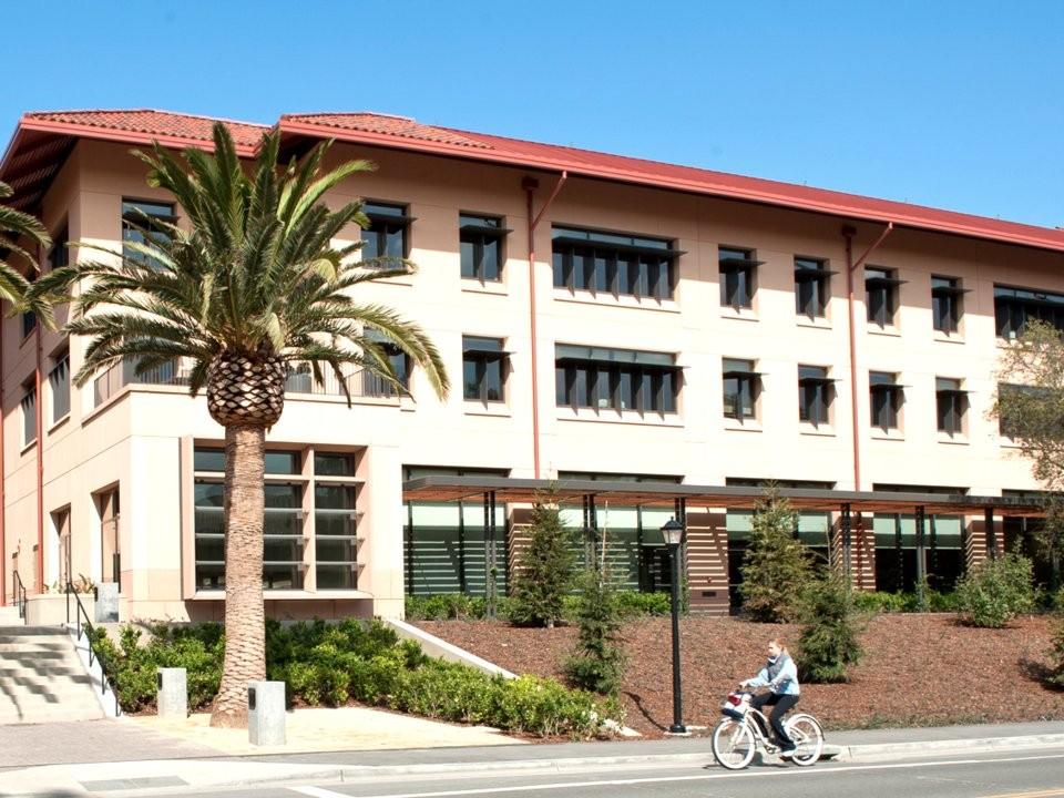 Top 10 trường đại học có chương trình MBA tốt nhất thế giới - ảnh 10