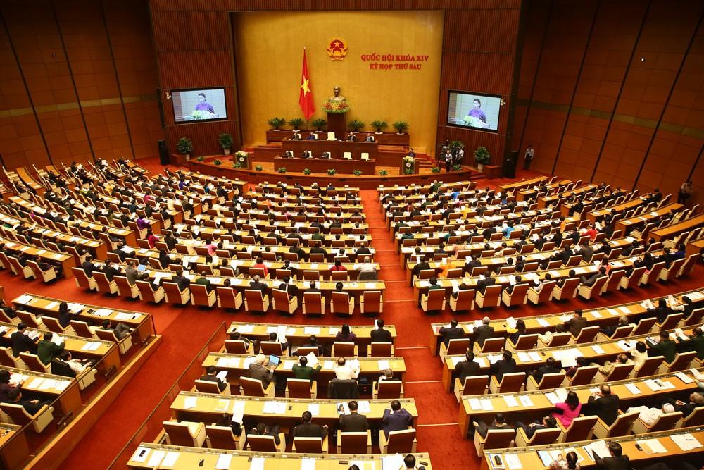 Quốc hội đã thông qua danh sách 48 người được lấy phiếu tín nhiệm với tỷ lệ 100% đại biểu có mặt tán thành. Ảnh: Quang Khánh