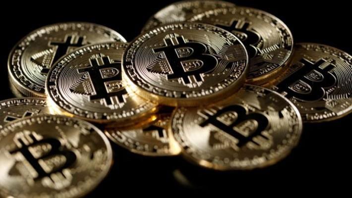 Tiền ảo Bitcoin đã tròn 10 tuổi - Ảnh: Reuters.