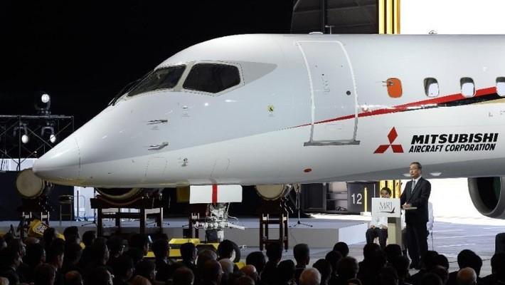 Chiếc máy bay chở khách MRJ của Nhật Bản.